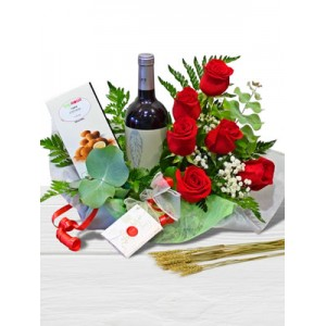 /194-2083-thickbox/wine-roses-chocolate-man-spain.jpg