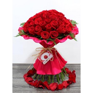 /446-1809-thickbox/bouquet-50-roses-at-home-address.jpg