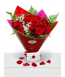 15 Red Roses Valentine